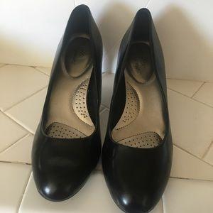 Dexflex Comfort Heels Size 9